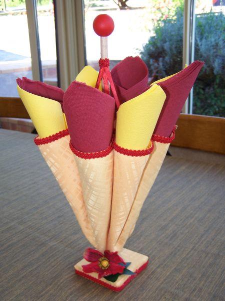Parapluie porte serviette personnages en pots de terre cuite - Comment faire des personnages en pots de terre cuite ...